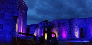 Eclairage lors de spectacle pyrotechnique à Dinan (Côtes d'armor) Eclairage architectural, Événementiel