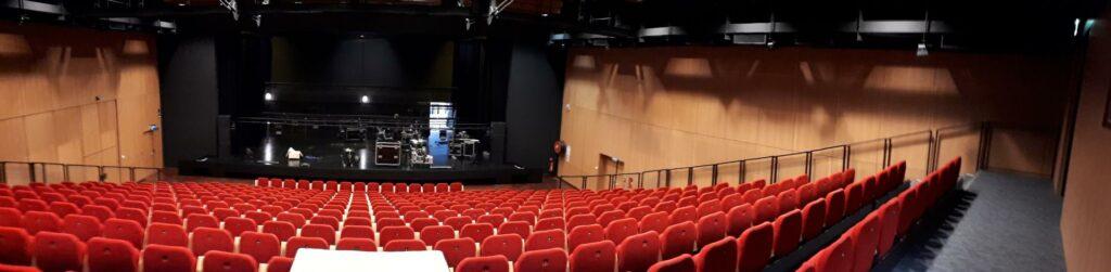 sonorisation éclairage salle de spectacle langueux, trégueux saint-brieuc et lamballe.